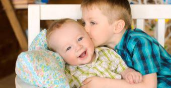 Az elsőszülöttek tényleg többre viszik az életben?