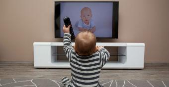 A kisgyerek és a tévé