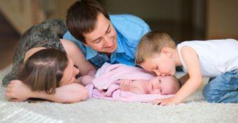 Biztonságos otthon szülés