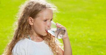 Nem isznak eleget a magyar gyerekek