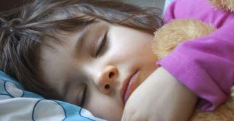 Az ovisoknak akár 13 órát is aludniuk kell