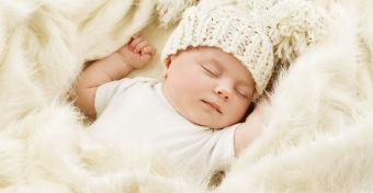 Tévhitek a baba alvásáról