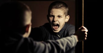 Az elfenekelt gyerekek tízévesen agresszívabbak lesznek