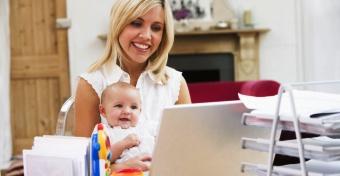 Munka baba mellett: hány óra lehet a részmunkaidő?