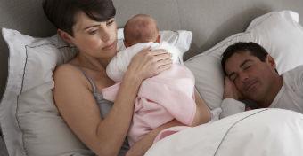 A férfi nem alszik kevesebbet, ha apa lesz?