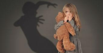 Mit tehetsz, ha r�m�lmok gy�trik a gyereket?