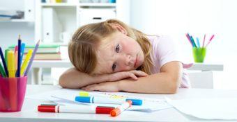 Rosszat tesz a gyereknek a gyakori iskolaváltás