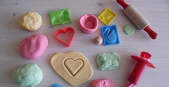 Illatos gyurma recept, play doh min�s�gben