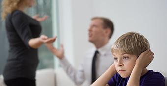 Mi történik, ha a gyerek előtt veszekszünk?