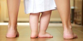 Amikor egy babának nehezebb a járás