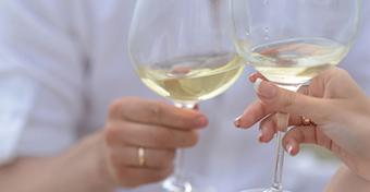 Aki házas, kevesebbet iszik?