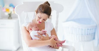 Mit egyen a szoptat� anya? A 10 leggyakoribb t�vhit