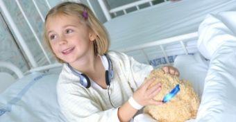 Hogyan �lik meg a gyerekek a k�rh�zi tart�zkod�st?