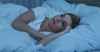 A n�k nehezebben alszanak a fokozott terhel�s miatt