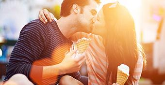 Csókkal is terjedhetnek nemi betegségek