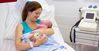 Megindított szülés