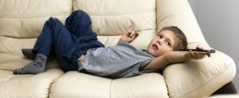Buta és agresszív lesz a gyerek a tv-től