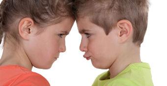 Nem rontja el egyik gyerek a másikat