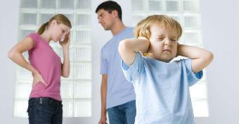 Az otthoni fesz�lts�gt�l beteg a gyerek?