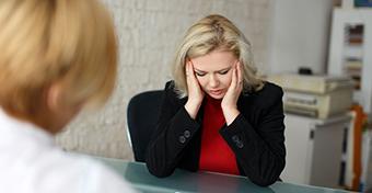 A rossz állás már a negyvenes éveinkre tönkreteheti az egészségünket