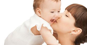 T�nyleg szorosabb az anya kapcsolata a gyerekkel, mint az ap��?