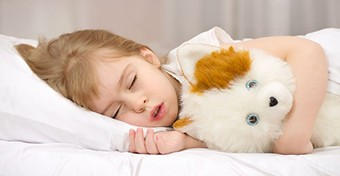 Így hat az alváshiány a gyerekre