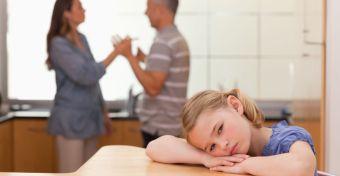 Ne veszekedjenek a szülők, mert depressziós lesz a gyerek!