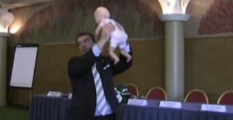 Ezt ne tedd a gyermekeddel!