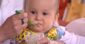 Kismama: A hozzátáplálás megkezdése