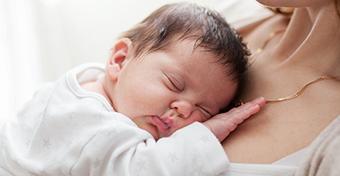 Amikor anyává válik a nő - Így alakul az anya-baba kapcsolat az első évben