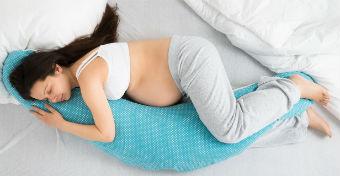 A legjobb tippek a terhesség alatti alvásproblémákra