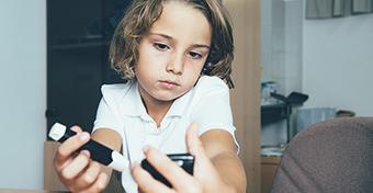 Változik az 1-es típusú cukorbeteg gyerekek támogatása