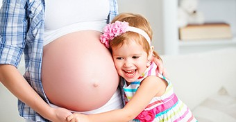 Több betegség esélye is csökken, ha szülsz