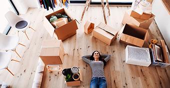 Otthonfelújítási támogatás: legalább egy év folyamatos tb-jogviszony kell