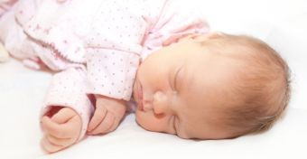 Hogyan ébresszük fel a babát?