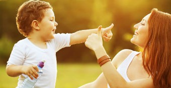 Ujjas mondókák kicsi és nagy babáknak