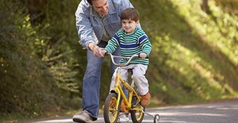 Így tanítsd meg biciklizni!