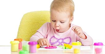 A kézügyesség fejlődése 2 éves korban