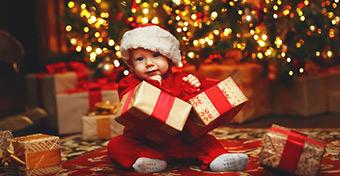 Így éld túl a karácsonyi családi látogatást a babáddal