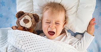 Miért sír álmában a baba?