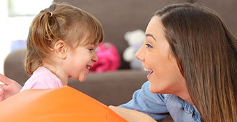 12 hasznos kifejezés, ami megkönnyíti a kommunikációt a gyerekkel