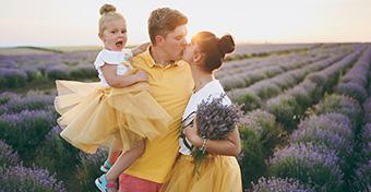Mutassuk vagy rejtsük el a gyerek elől a szerelmünket?
