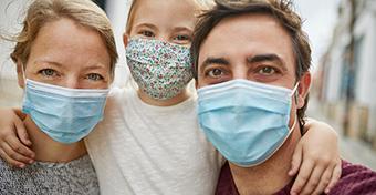 A maszkhasználat növelheti a tünetmentes esetszámot