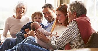 Baba etikett: így illik viselkedni egy baba mellett