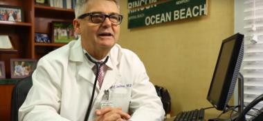 Van egy trükk a síró baba megnyugtatására? - Videó