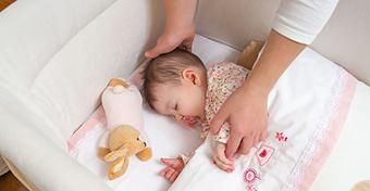 Az elszigeteltségből eredő szorongás a babáknál