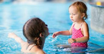 Milyen medencébe menjek a gyerekkel?