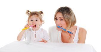Tanítsd meg fogat mosni!