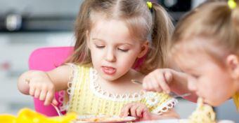 Bővülhet az ingyenes gyermekétkeztetés, a gyed extra, a bölcsődei hálózat