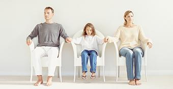 Márciustól bírósághoz fordulhat a szülő, ha nem kapja meg a gyerekét láthatásra
